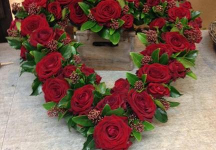 Oasishjärta med röd ros